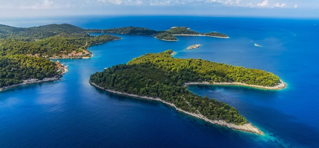 Croatia gulet cruise cabin charter